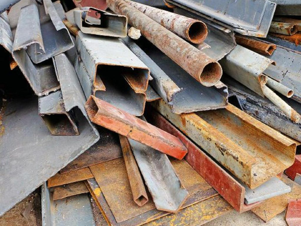 Selling Scrap Metal to Recyclers to Get Real Money
